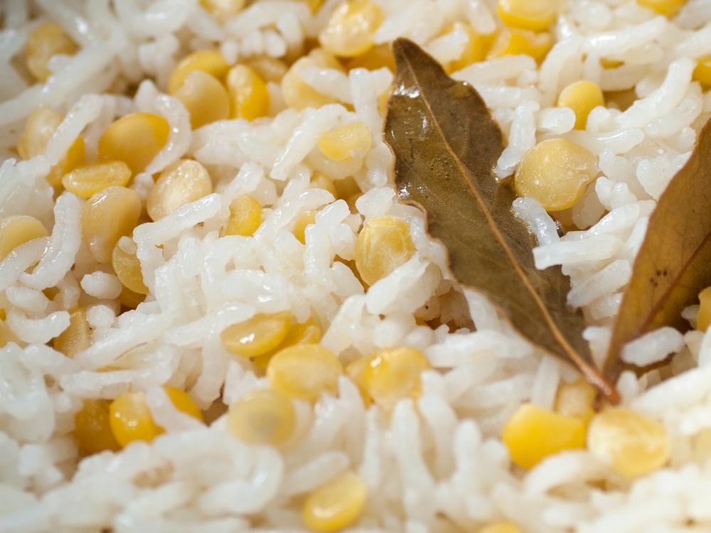 butter & lentil rice   pe htaw bhut htamin