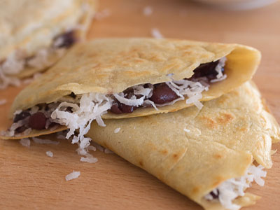 folded pancake with red beans & coconut